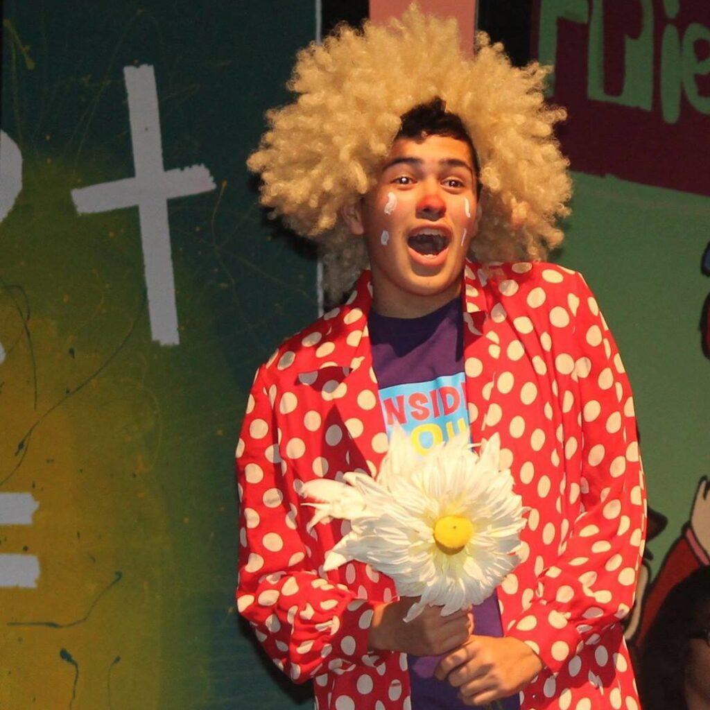 P.S. Arts Jose performs clown